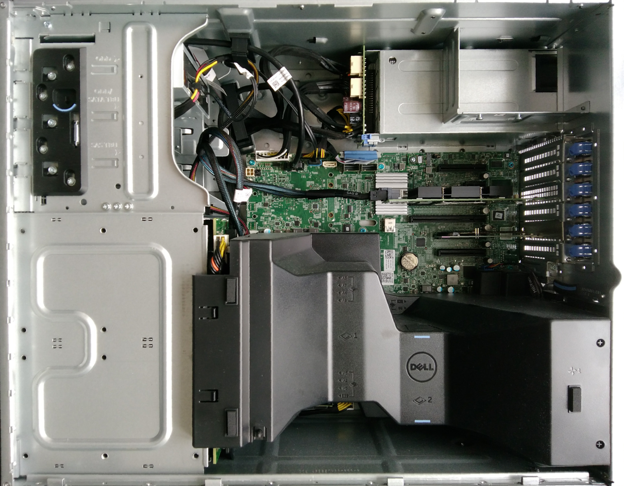 dell-t430_interieur